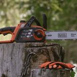Best Chainsaw under 200 Reviews with Buying Guide